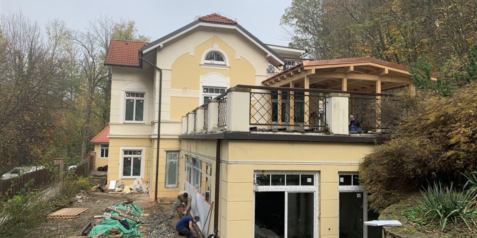 Vorlíček   Okna a dveře - Historická vila Roztoky   dodávka úzkého profilu SLIM