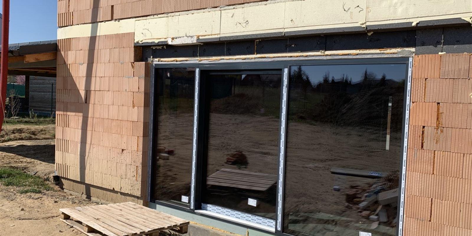 Vorlíček   Okna a dveře - RD Doksy   hliníkové HST portály avchodové dveře